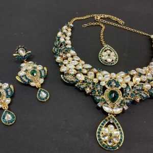 Classic Fusion of Traditional Necklace with Kundan set